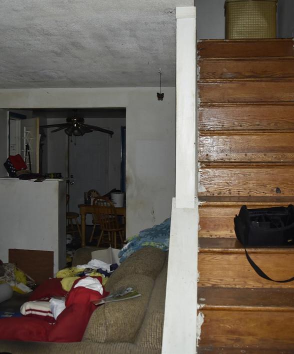 09 Living RoomJPG.jpg