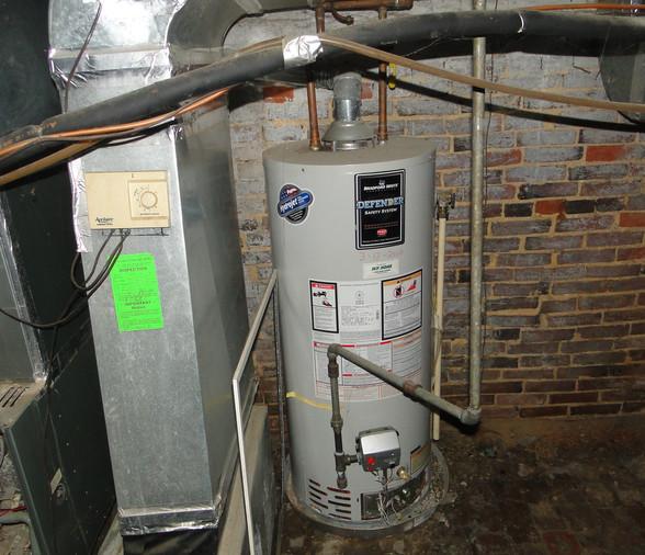 22 - Hot Water Heater.JPG