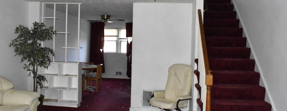 04 Living RoomJPG.jpg