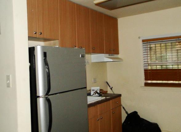 07 Kitchen (New 5).JPG