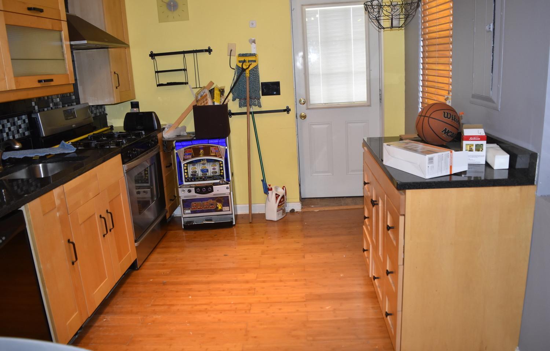 170 Kitchen Apt 1.jpg