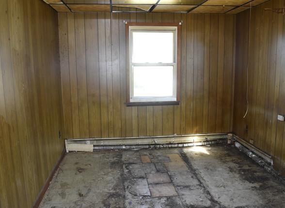 0022 Bedroom 2nd UnitJPG.jpg
