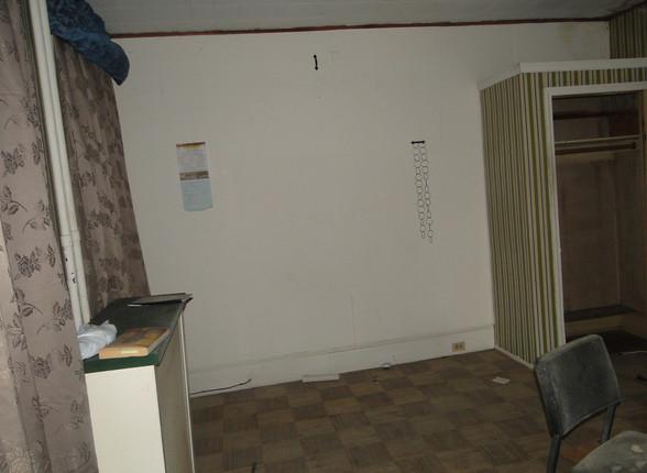 07 - Main Bedroom 4.JPG