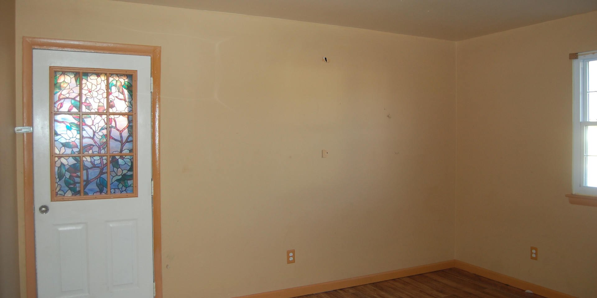 6.0 Main Level Bedroom.jpg