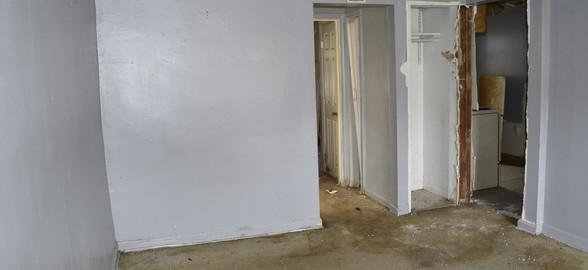 150 Living Room (Apt 2).jpg