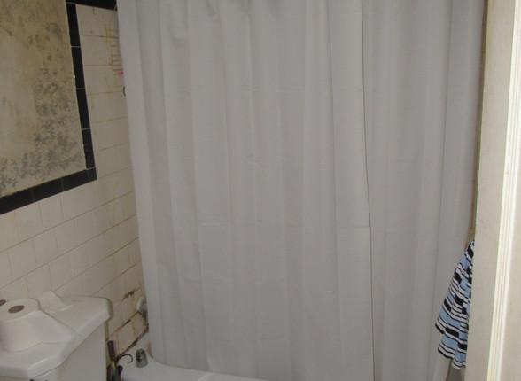 11 Bath 1A.JPG