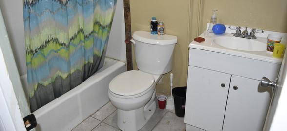 100 First Apt Bathroom.jpg