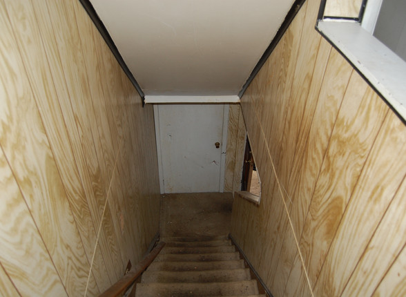 4.0 Second Level Stairs.JPG