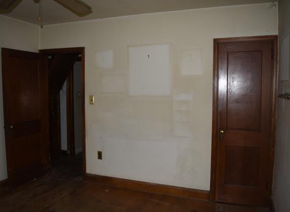 05 Bedroom 1.JPG