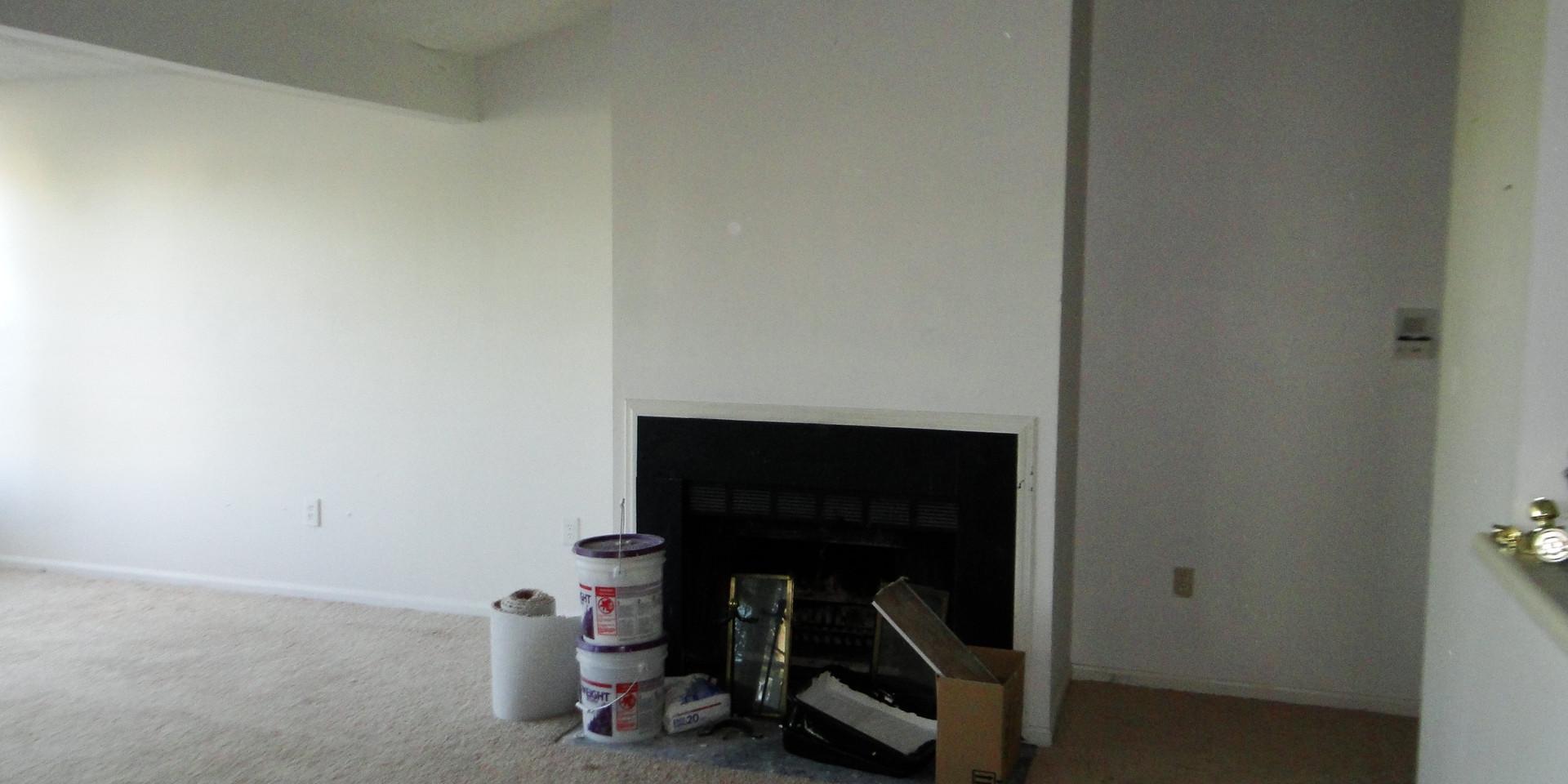02 - Living Room 5.JPG