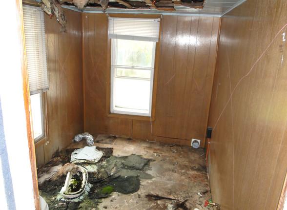 09 - First Floor Bedroom _ Miscellaneous