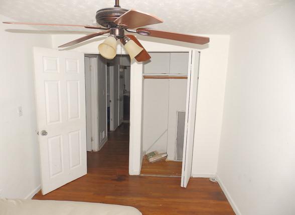 5.8 Guest Bedroom.JPG