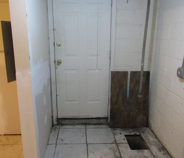 220 apt 1 Basement DoorJPG.jpg
