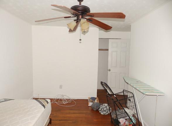 6.1 Second Guest Bedroom.JPG