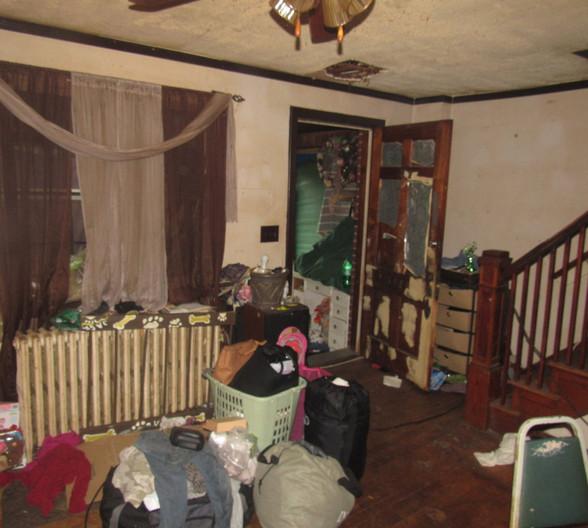 4 - Living Room CJPG.jpg