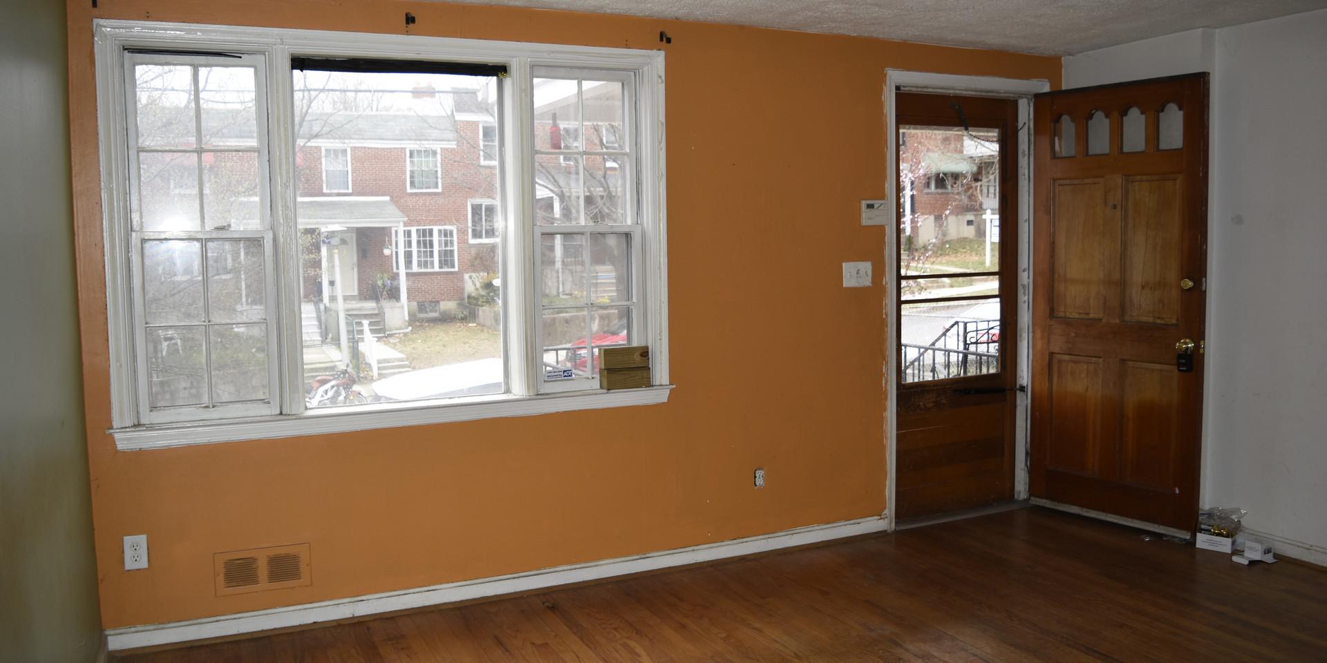 004 Living Room.JPG