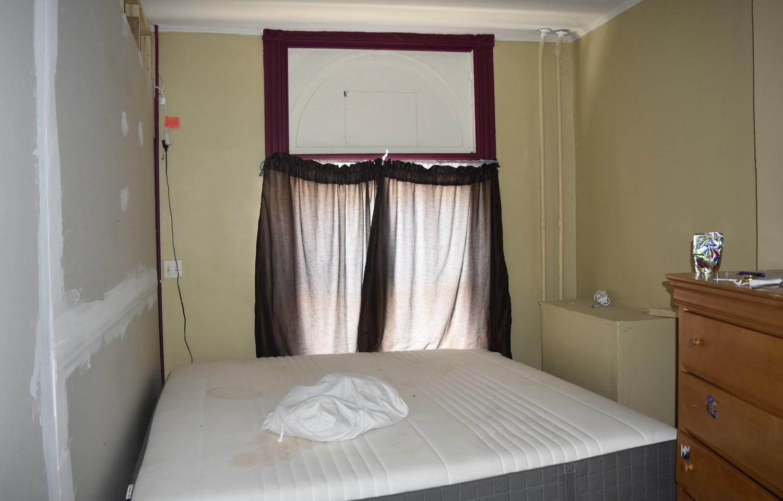 04 Front Room.jpg