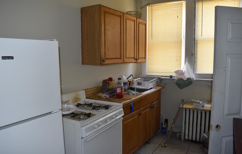 120 Kitchen 1st Apt.jpg