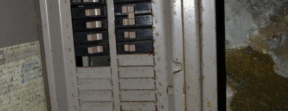 018 Electric Panel.jpg