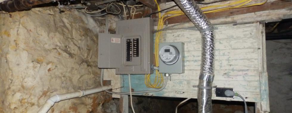 15 - Electric Panel.JPG