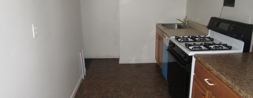 330 Apt 2 kitchenJPG.jpg