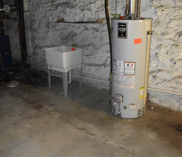 0.26 Hot Water Heater.JPG