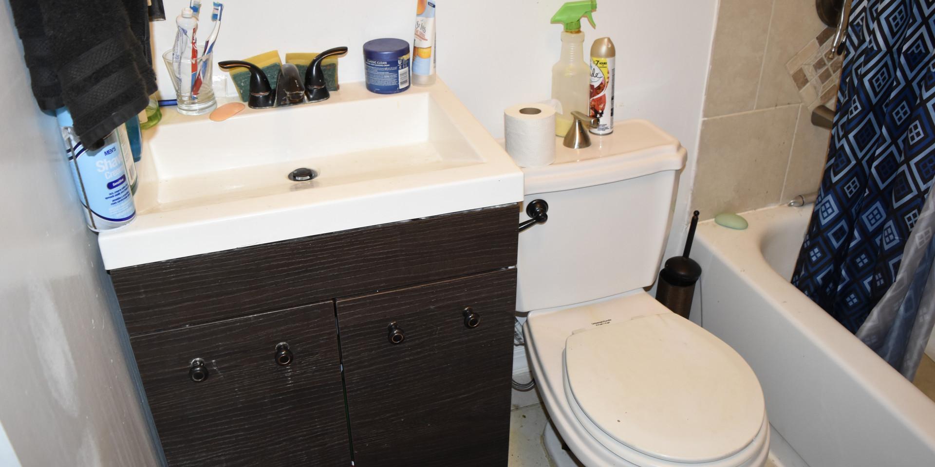 Unit 2 Bathroom 1.JPG