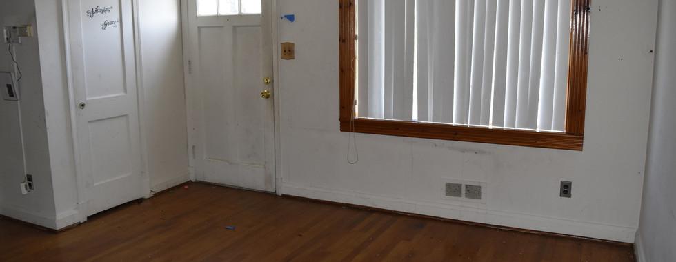 09 Living Room.jpg