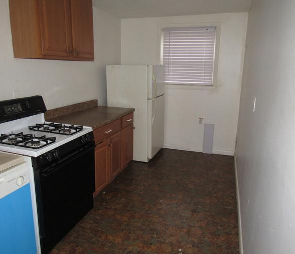 300 Apt 2 KitchenJPG.jpg