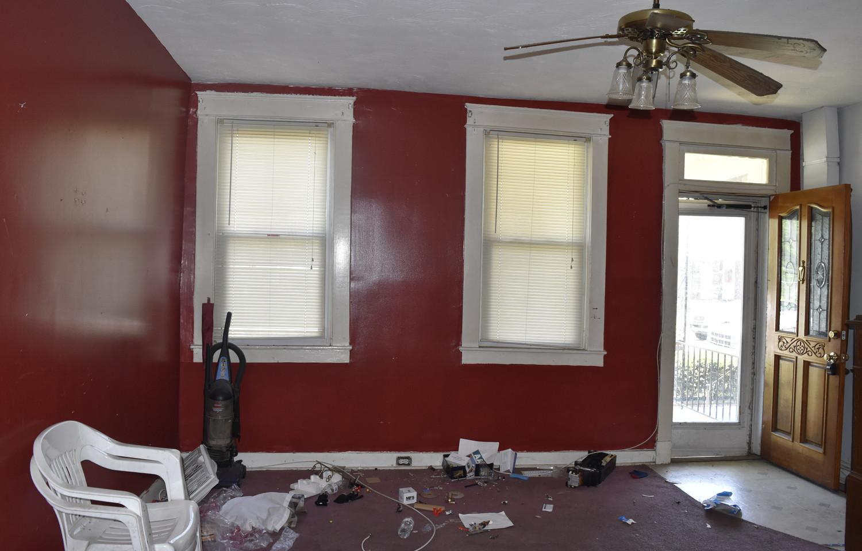 0004 Living RoomJPG.jpg