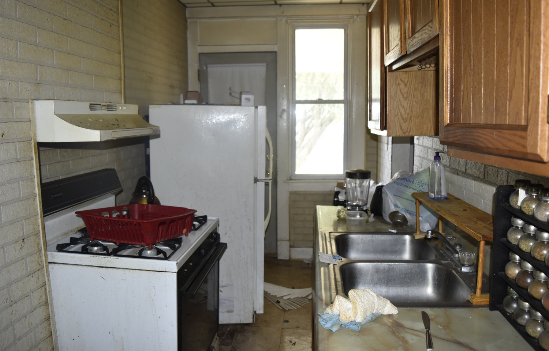 0008 KitchenJPG.jpg