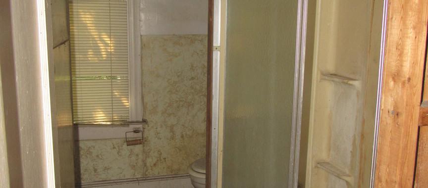260 - 1527 Bath.jpg