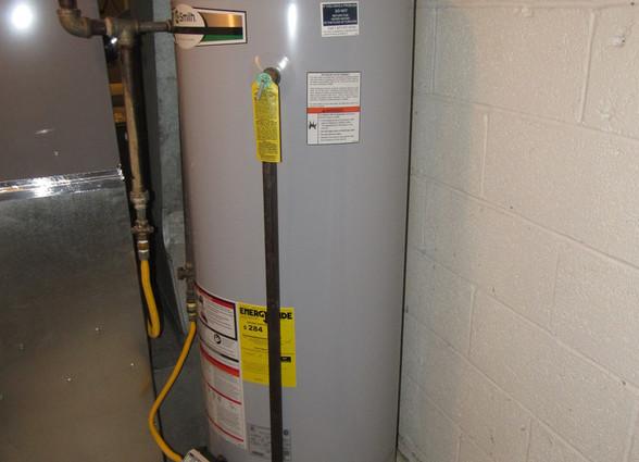 400 Hiot Water HeaterJPG.jpg