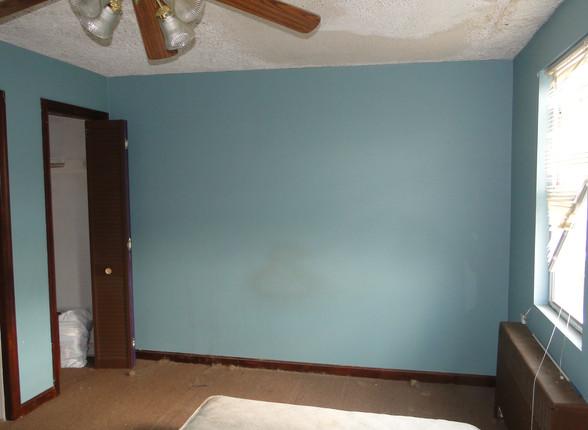 07 - Master Bedroom 3.JPG