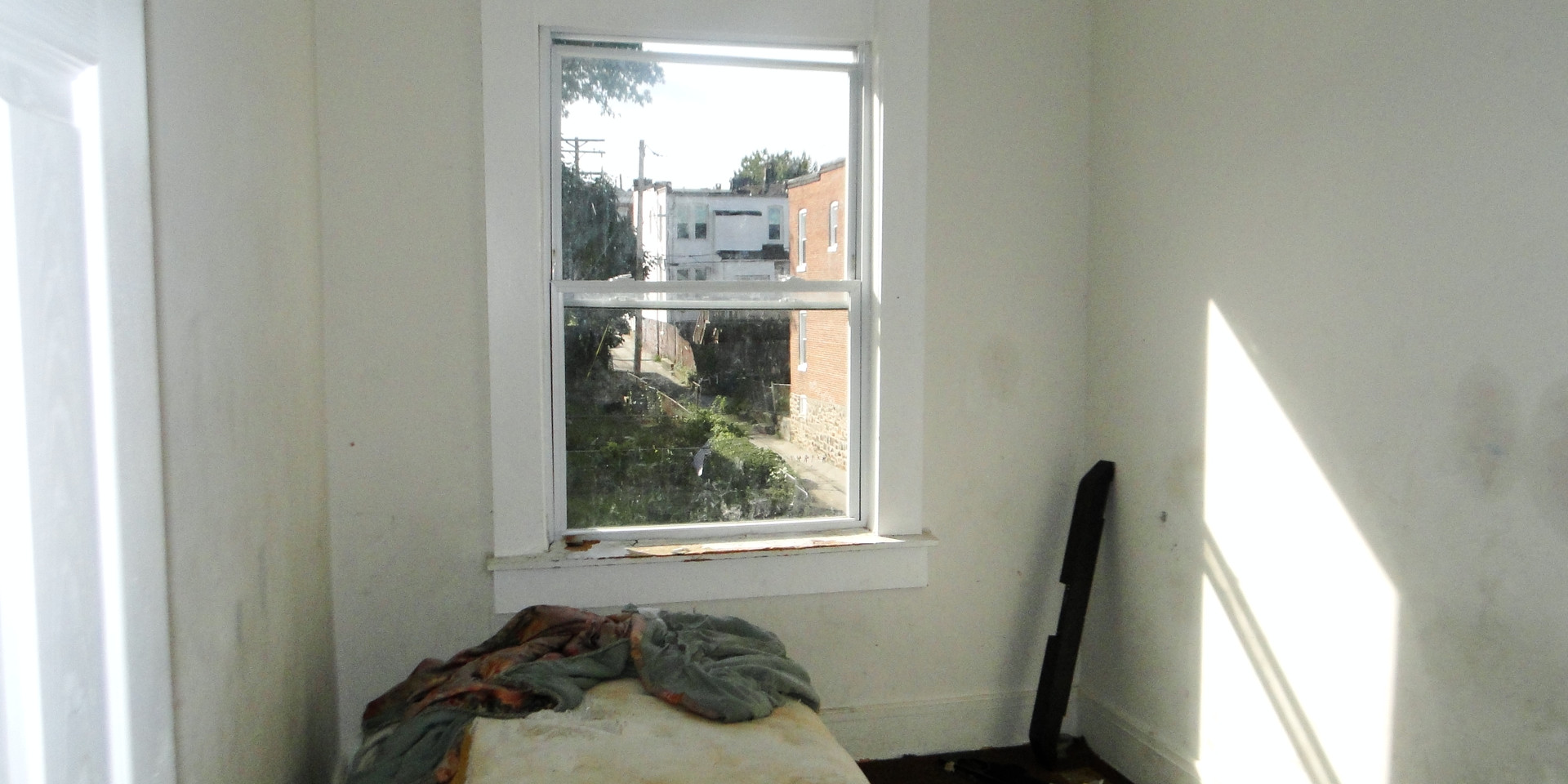 07 -Fourth Bedroom.JPG