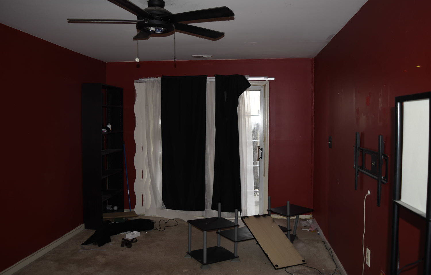 0010 Main Level bedroom.jpg