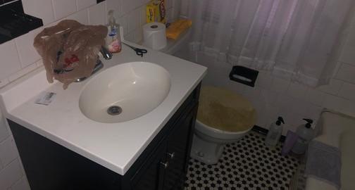 100 BathroomJPG.jpg
