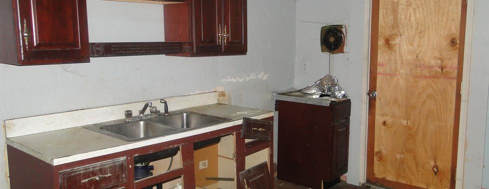 06 - First Apt Kitchen 5.JPG