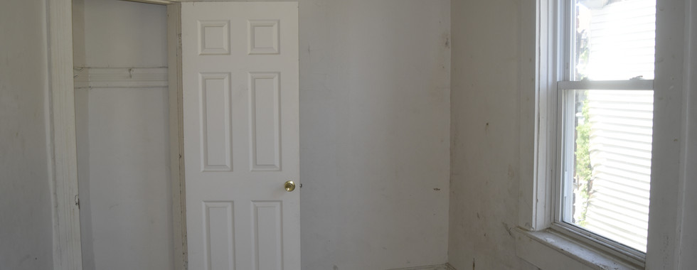06 Second Bedroom.JPG