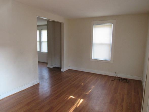 5 Living Room AJPG.jpg