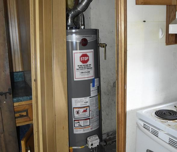 00027 Hot Water HeaterJPG.jpg