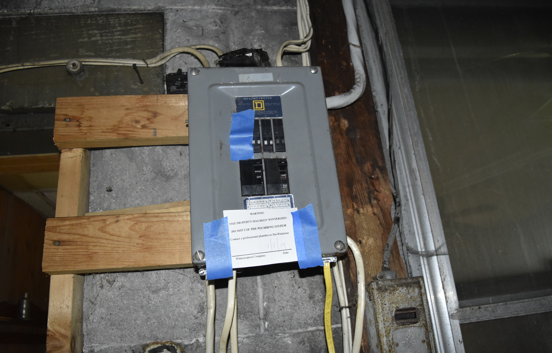 00026 Electric PanelJPG.jpg