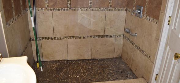 300 Bathroom Apt 2.jpg