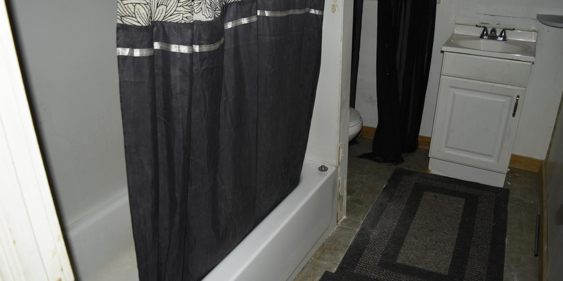 023 Second Level Bathroom.JPG