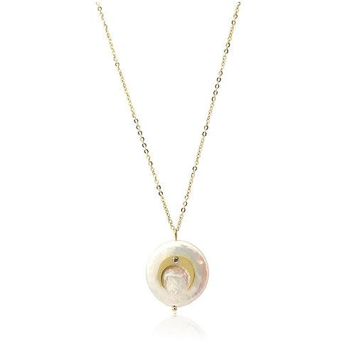 C44 Collar de acero quirúrgico con circonitas y perla cultivada.