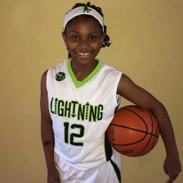 Bakerhoops Lightning Girls 5th Grade Team Uniforms