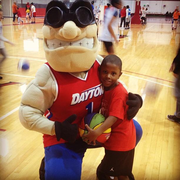 Dayton Basketball Mascot
