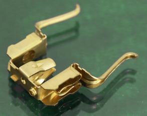Elektronikelemente: Metallverbinder