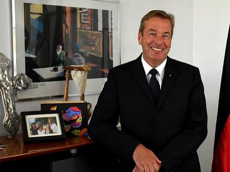 Entrevista Despedida Embajador Bernd Finke