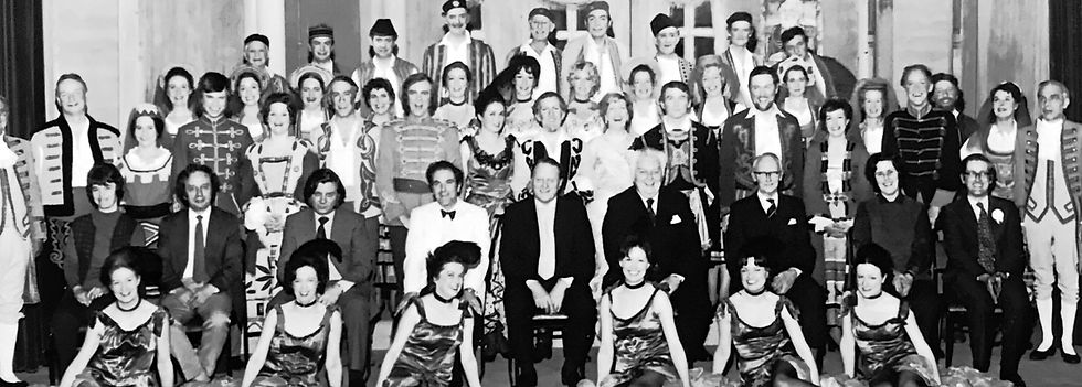 Winchester Amateur Operatic Society - WAOS - The Merry Widow - May 1973 - Guildhall Winchester